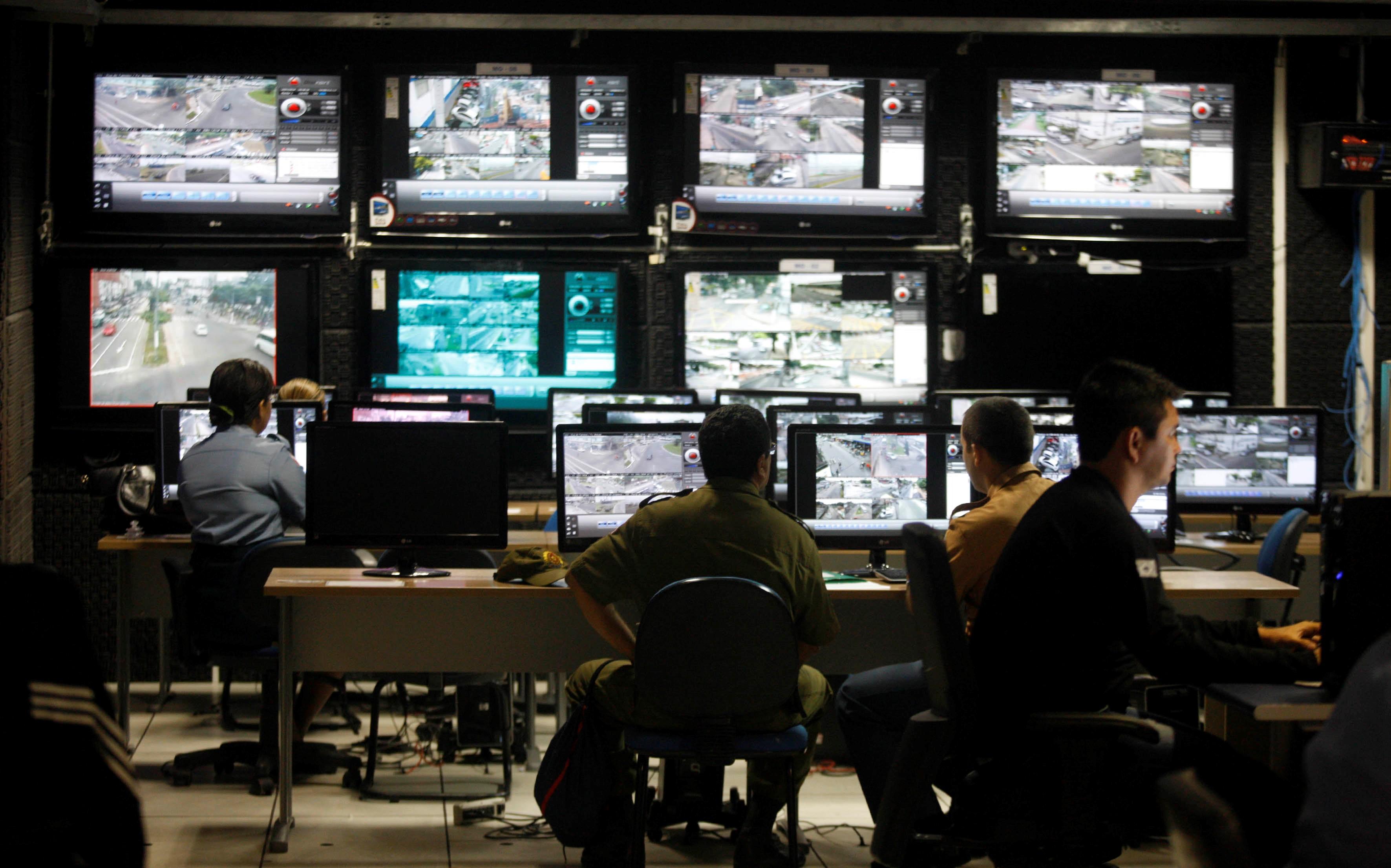 Como funciona uma Central de Monitoramento?